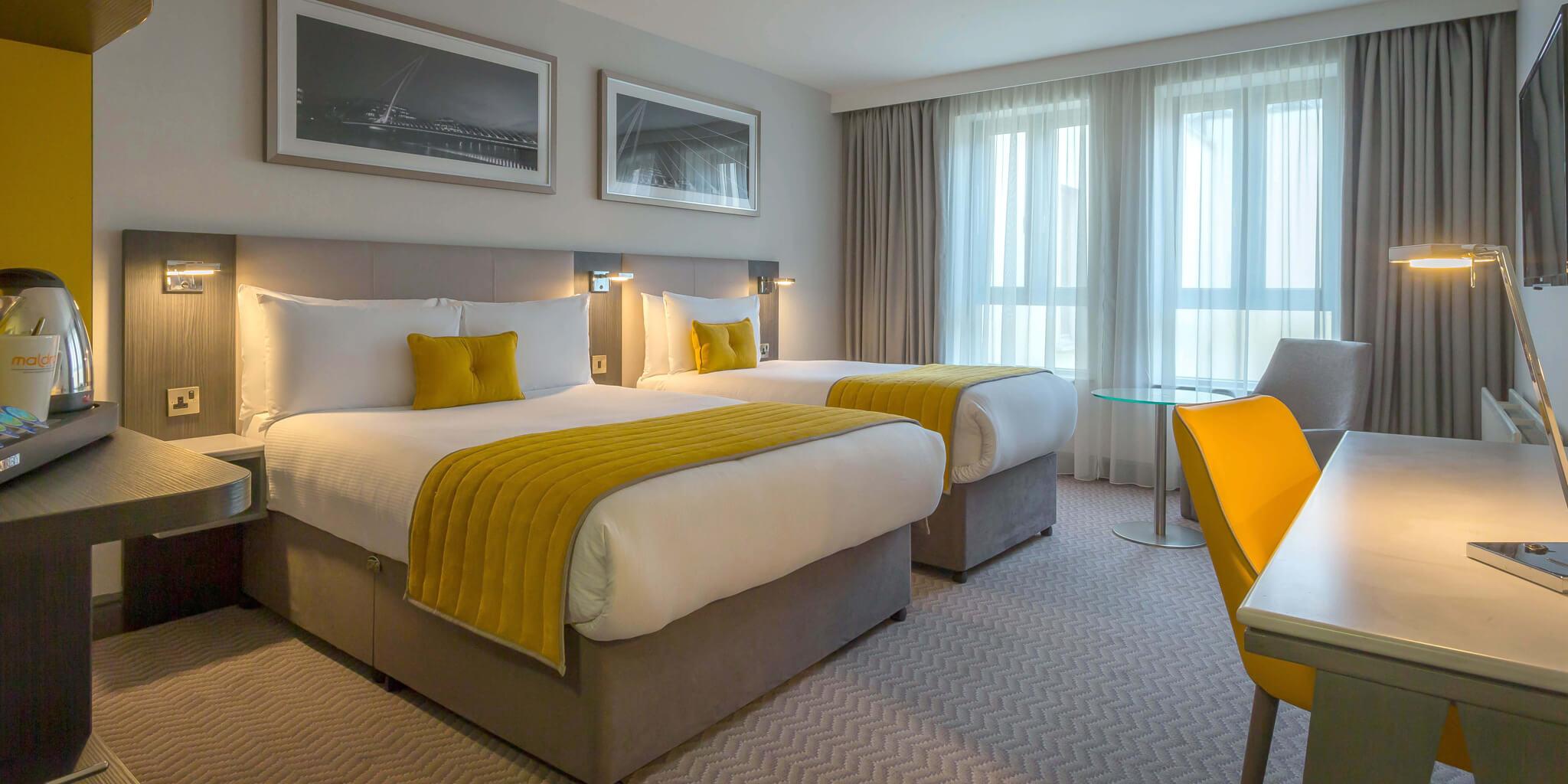 Maldron Hotel Newcastle Twin Room
